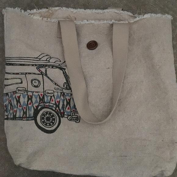 90% off Quiksilver Handbags - QUIKSILVER BEACH BAG from Quincy's ...