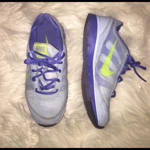 NIKE Total Core TR Sneakers