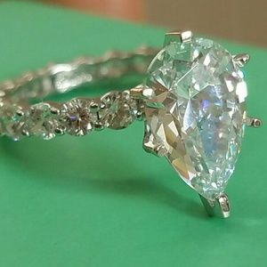 Jewelry - 14k Solid White gold 3ct pear Engagement ring