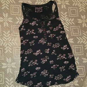 Floral Maternity Tank Top size Small