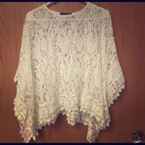 NWT Adorable Rue 21 Lace Poncho