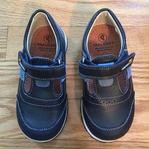 Pablosky Kids Other - NWOT Pablosky Velcro Boys Shoes