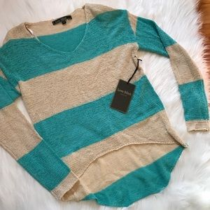 Love Stitch Sweaters - NWT Love Stitch Knit Top Hi-Lo Hem