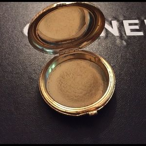 Other - Vintage Compact with Mirror