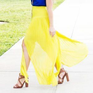 Forever 21 Dresses & Skirts - Pleated Citron Maxi Skirt
