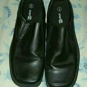 Other - Boys dress shoes size 6