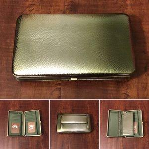 Amor Adore Handbags - 10. Olive/Silver Ombré Hananel Wallet