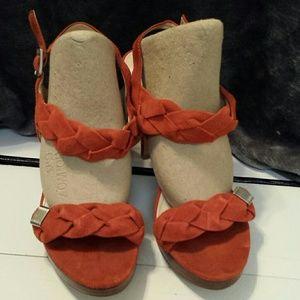 Calvin Klein seude heels