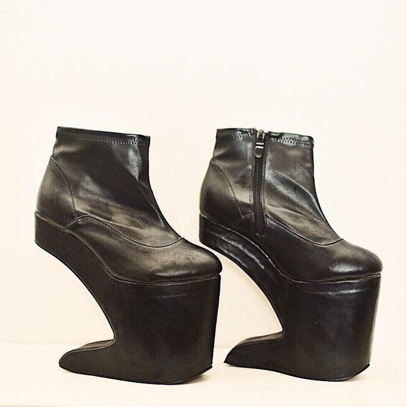 Solestruck Shoes Flash Sale Heelless Platform Booties Poshmark