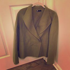 Green lightweight jacket