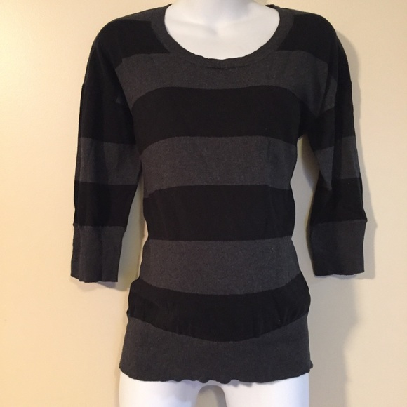 Motherhood Maternity Tops - ❤️FINAL SALE❤️Maternity sweater size Large