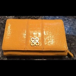 Handbags - Coach Accordian Patent Leather Zip Pocket Wallet