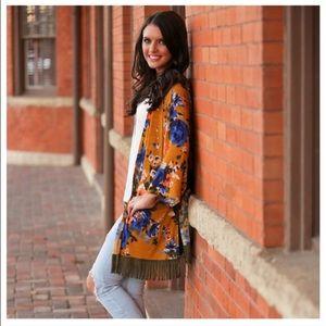 Infinity Raine Other - 💙Last 1 SALE💙 New Floral Bohemian Fringe Kimono