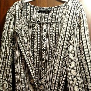 ALLOY Dresses & Skirts - Alloy Black/Cream Print Mini Shirtdress