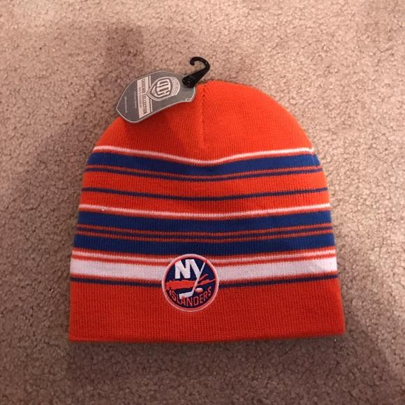 942f1966ab0 New York Islanders beanie hat