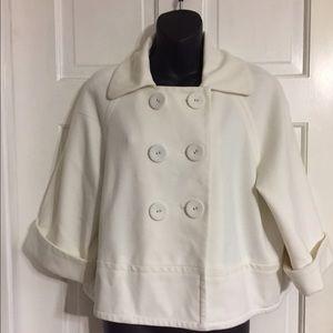 Sandro Jackets & Blazers - Sandro short cream jacket coat in sz L