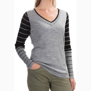 Smartwool Sweaters - SmartWool Grey Striped Sleeve V Neck Sweater