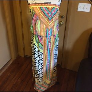 Hale Bob Dresses & Skirts - Hale bob strapless vibrantly colored maxi Med
