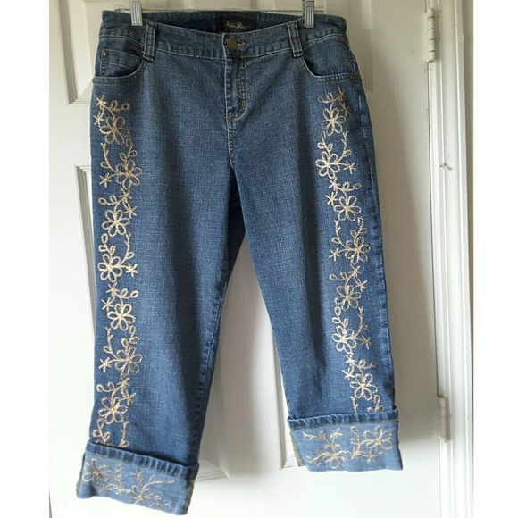 9a59edbc01b Ashley Stewart Denim - Ashley Stewart Embroidered Jean Capris Size 14 W
