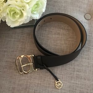 Michael Kors Accessories - Michael Kors • brown and gold leather belt