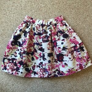 Express High Rise Spring Skirt - size 00