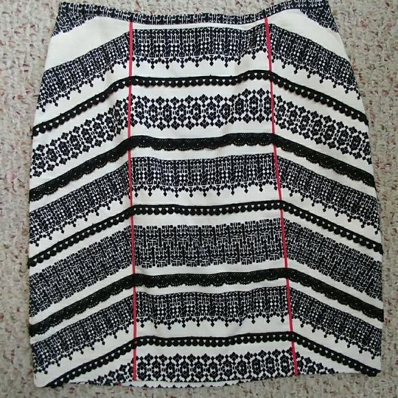 Anthropologie Dresses & Skirts - Anthropologie Tabitha skirt