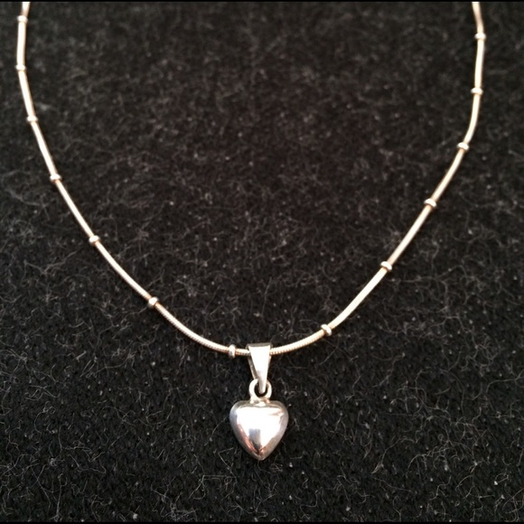 No brand jewelry sale 925 sterling silver necklace w heart pendant sale 925 sterling silver necklace w heart pendant aloadofball Images