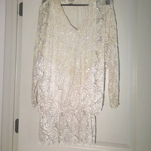 Very pretty vintage sequins blouse