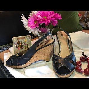 bp Shoes - BP Wedges Navy Blue Color 👠💙
