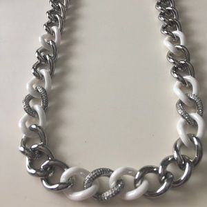 NWT DKNY ceramic chain link necklace