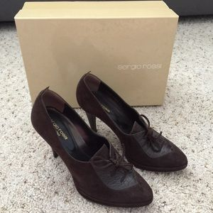 Sergio Rossi brown short ankle heel boot size 36
