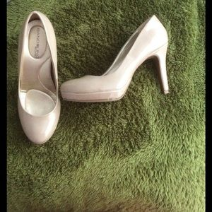 Bandolino Shoes - Nude pumps ✨New LOWER Price✨