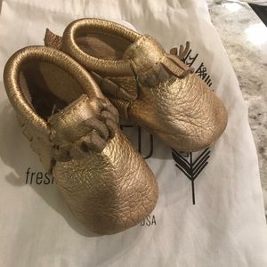 Freshly Picked Other - Freshly Picked Gold Moccasin size 3