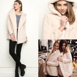 Brandy Melville Jackets & Blazers - NEW Brandy Melville Sandra coat