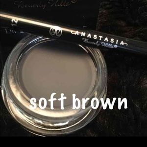 Anastasia Beverly Hills Other - BUNDLE Anastasia Dipbrow, #12 Brush &  blender