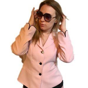 Le Suit Jackets & Blazers - 🆑 $25 Blush/Rose blazer with black cuff trim
