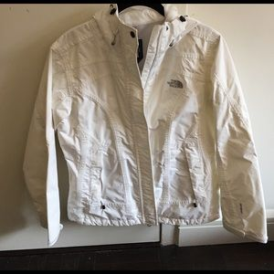 North Face Jackets & Blazers - NEVER WORN NORTH FACE JACKET