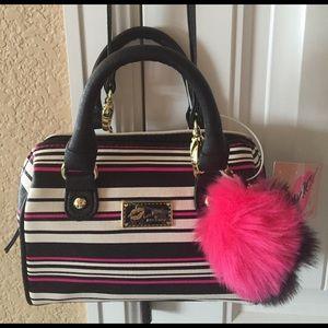 Betsey Johnson Handbags - 🌺NEW! BETSEY JOHNSON MINI BARREL CROSS BODY BAG