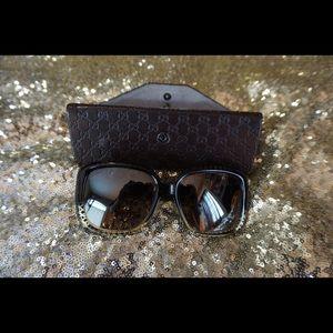 Gucci Sunglasses. Mirror lenses