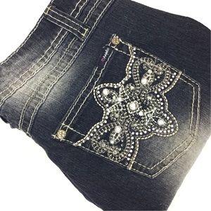 Angels Denim - ANGELS 11 Capri Denim Low Rise Medium Jeans Capris