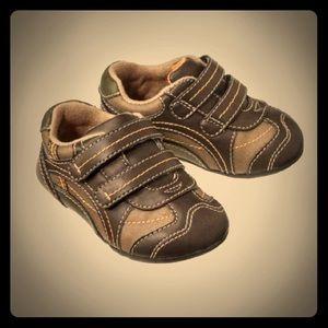 OshKosh Axel  Other - OshKosh Axel Sneaker size: 5 color: brown