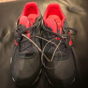 New Balance Shoes - New Balance Sneaks NWT