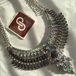 Jewelry - ✨TodayOnly✨New Boho Glam Statement Necklace🎉HP🎉