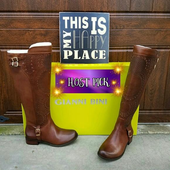 Gorgeous Gianni Bini Wide Calf Boots