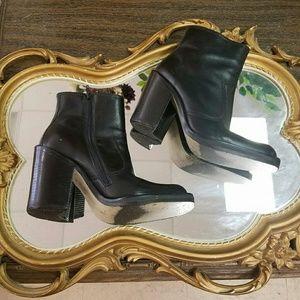 Best Vintage Boots~