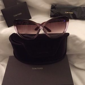 Tom Ford Accessories - Tom Ford Sunglasses with case and box