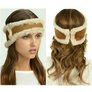 NEW UGG Nubuck and Shearling Headband