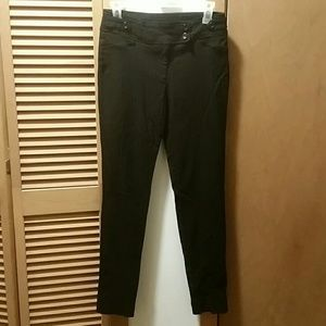 Soho Apparel Pants - *SALE* Dressy skinny pants, size 4