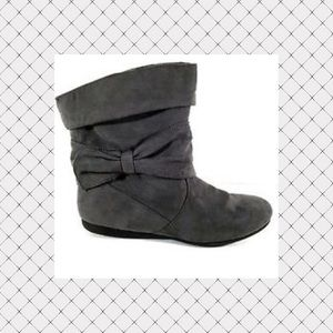 BONGO Shoes - Grey Short Ankle Boots