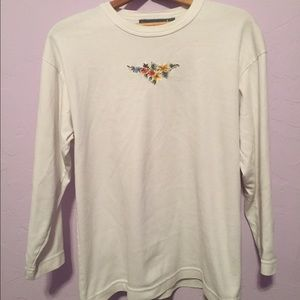 XS-S Longesleeve white embroidered top vintage